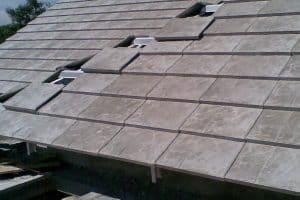 Tampilan atap genteng metal