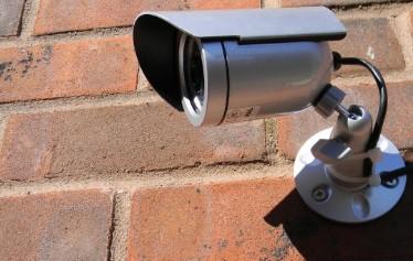 8 Cara Memasang CCTV Di Rumah Sendiri Paling Mudah dan Praktis