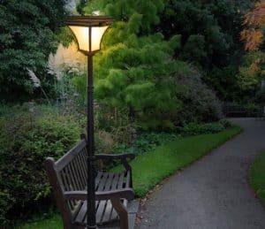 5 Model Lampu Taman Minimalis