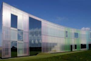 bangunan polycarbonate transparan