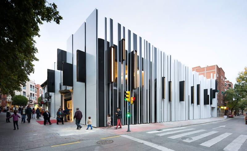 Mengenal 9 Material Fasade Bangunan