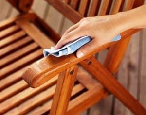 pembersih furniture kayu