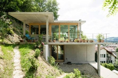 4 Langkah Sederhana Membangun Rumah Di Tanah Miring