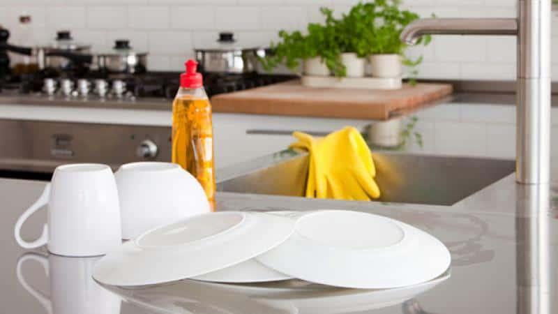 Mengintip 5 Cara Membersihkan Dapur Berminyak