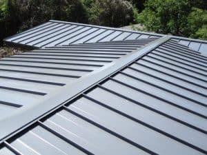 memasang atap spande