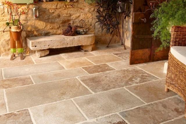 Mengenal 7 Jenis Batu Alam untuk Lantai