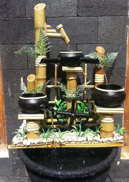 4 Cara Membuat Air Mancur Bambu Tanpa Listrik yang Praktis