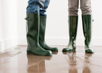 9 Tips Membersihkan Rumah Pasca Banjir Sampai Benar-Benar Bersih