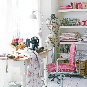 8 Desain Ruang Jahit di Rumah yang Cantik dan Menarik