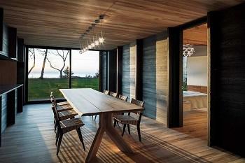 7 desain rumah klasik modern 1 lantai yang tampak luas