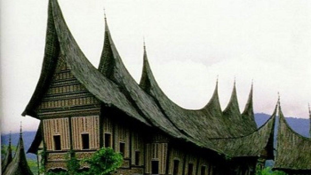 9 Keunikan Rumah Adat Gadang Khas Minangkabau Rumahlia Com